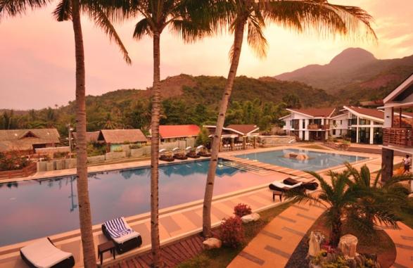 Resort at Sunrise