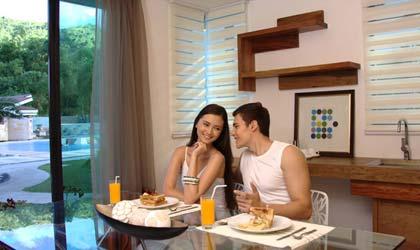 a-romantic-affair-at-infinity-resort-spa